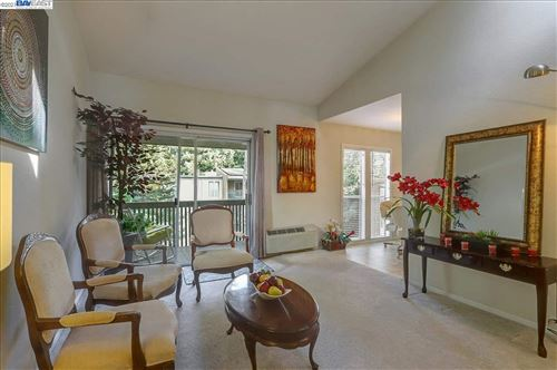 Photo of 150 Sharene Lane #301, WALNUT CREEK, CA 94596-4751 (MLS # 40934414)