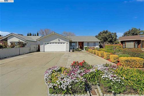 Photo of 36319 BEECH PL., NEWARK, CA 94560 (MLS # 40941415)