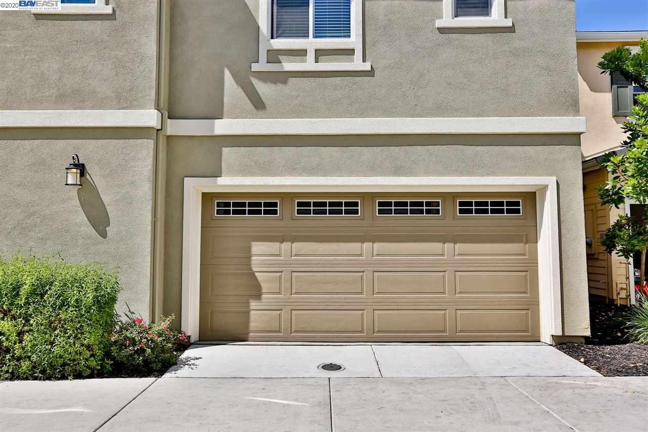 Photo of 307 Macarthur Way, BRENTWOOD, CA 94513 (MLS # 40905415)