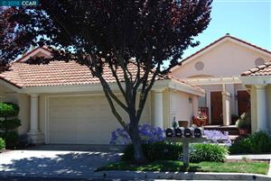 Photo of 2037 Echo Pl, SAN RAMON, CA 94582 (MLS # 40844419)