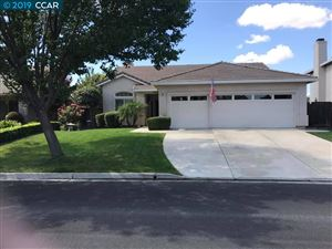 Photo of 589 Red Rome Ln, BRENTWOOD, CA 94513 (MLS # 40882420)