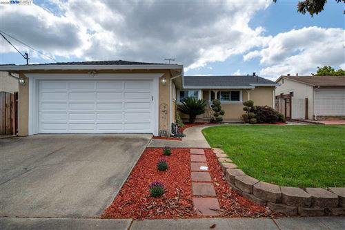 Photo of 441 Balmoral Way, HAYWARD, CA 94545 (MLS # 40900420)