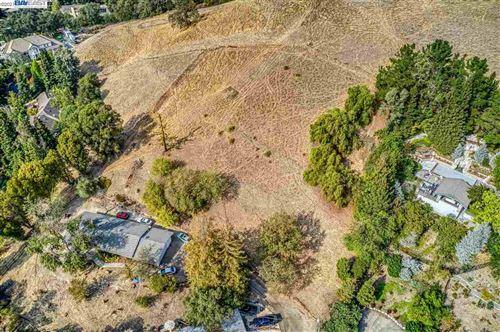 Photo of 2590 Caballo Ranchero Dr, DIABLO, CA 94528 (MLS # 40946421)