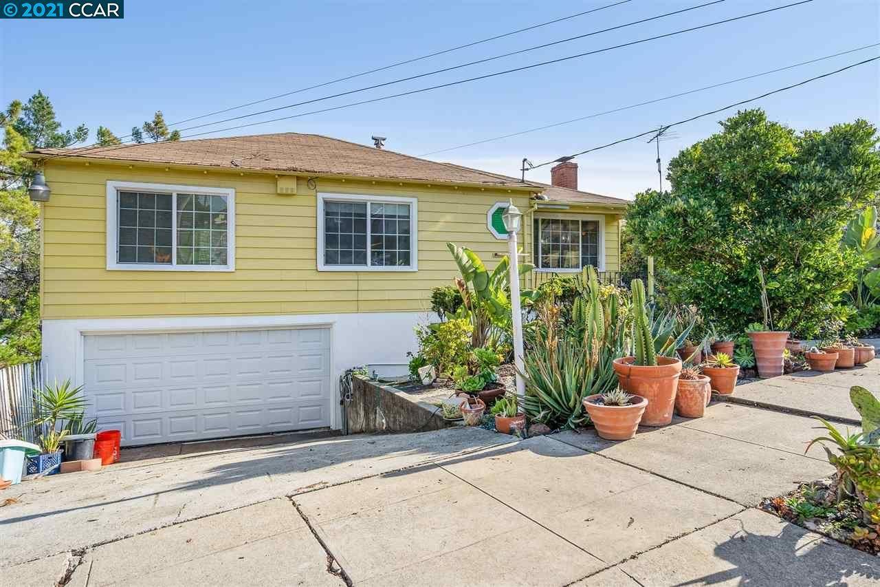 Photo for 9236 Granada Ave, OAKLAND, CA 94605 (MLS # 40933421)