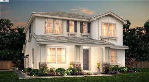 Photo of 262 E Lawson Avenue, MOUNTAIN HOUSE, CA 95391 (MLS # 40968422)