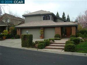Photo of 10 Birchwood Place, DANVILLE, CA 94506 (MLS # 40870423)