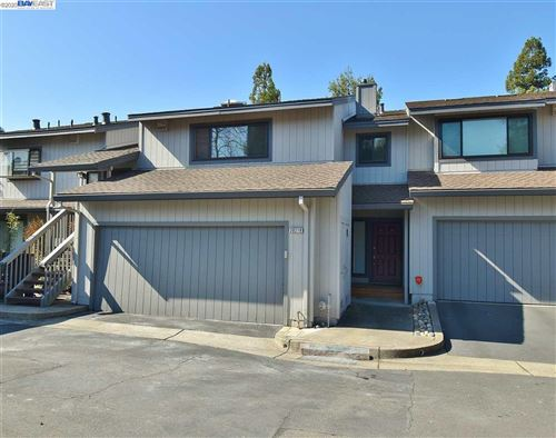 Photo of 20219 Waterford Pl, CASTRO VALLEY, CA 94552 (MLS # 40896423)
