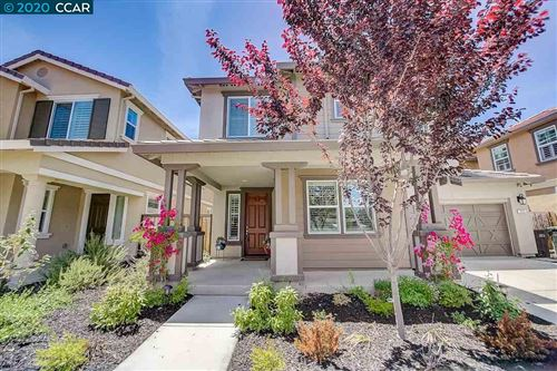 Photo of 925 Autumn Brook Pl, CONCORD, CA 94518 (MLS # 40906424)