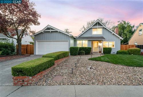 Photo of 1295 Shakespeare Dr, CONCORD, CA 94521 (MLS # 40926425)