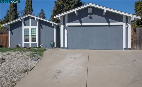 Photo of 2526 Santa Barbara Dr, PINOLE, CA 94564 (MLS # 40939426)