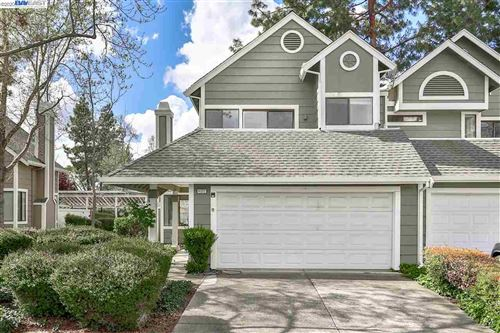 Photo of 4322 Fairlands Dr, PLEASANTON, CA 94588 (MLS # 40900429)