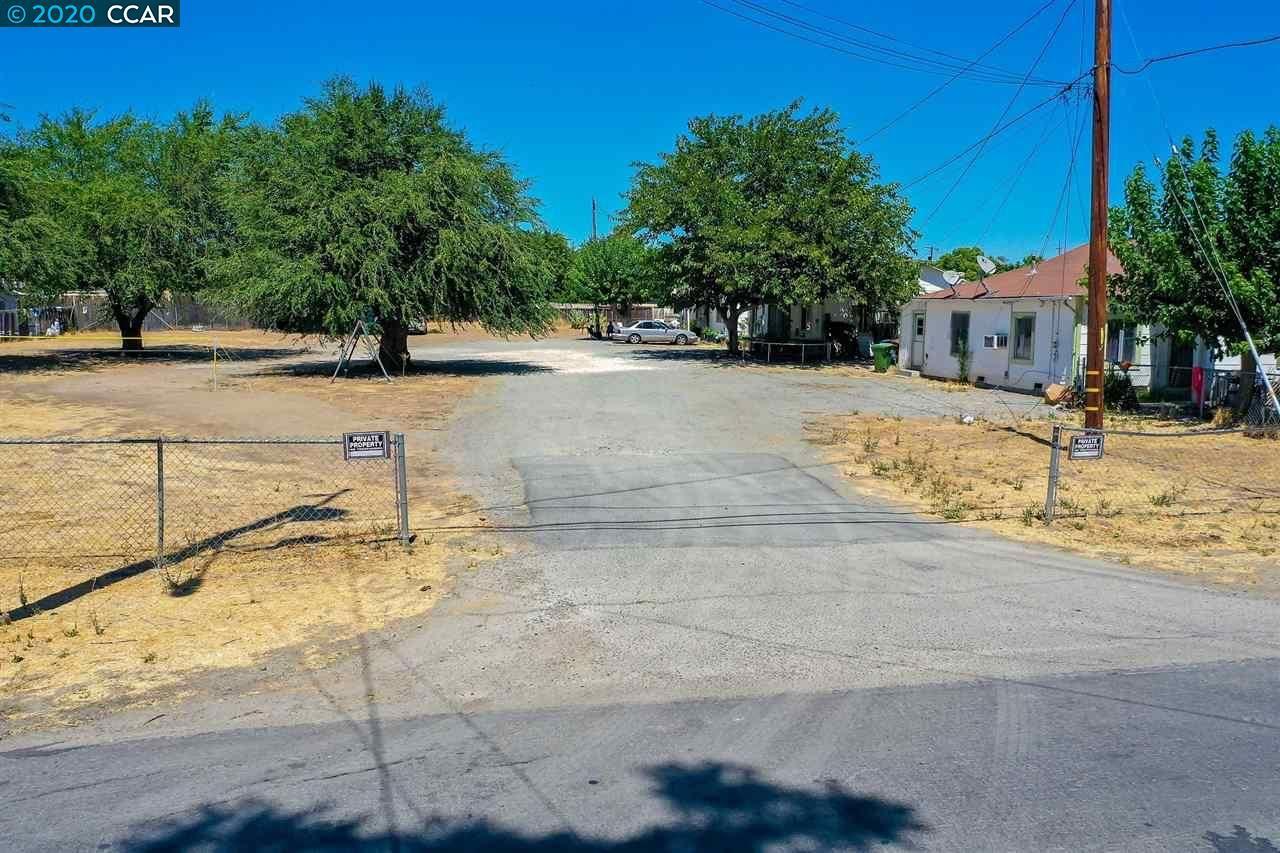 Photo of 160 Sunrise Drive, BRENTWOOD, CA 94513-5786 (MLS # 40919429)