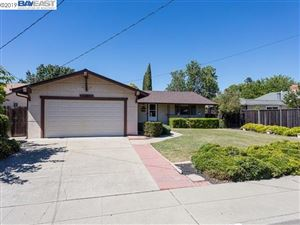 Photo of 886 Los Alamos Ave, LIVERMORE, CA 94550 (MLS # 40874430)