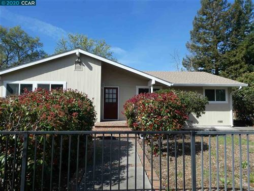 Photo of 2074 Hoover Ave, PLEASANT HILL, CA 94523 (MLS # 40898430)