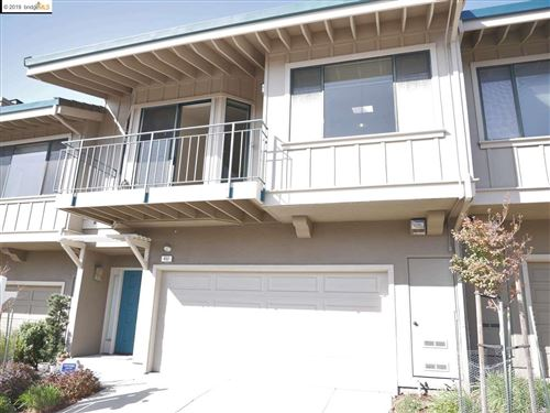 Photo of 452 Hiller Dr, OAKLAND, CA 94618 (MLS # 40889435)