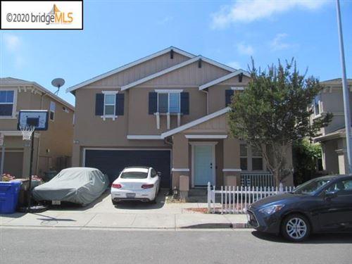 Photo of 152 Henry Clark Ln, RICHMOND, CA 94801 (MLS # 40911435)