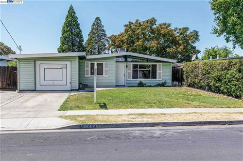 Photo of 453 Bernal Ave, LIVERMORE, CA 94551 (MLS # 40955435)