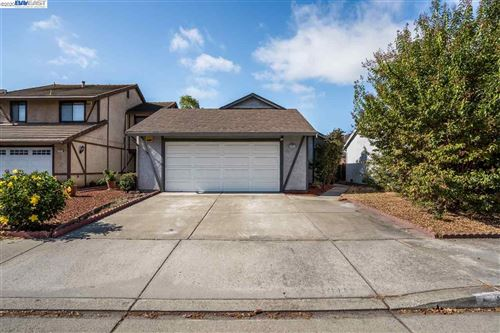 Photo of 29855 Ventnor Ct, HAYWARD, CA 94544 (MLS # 40922437)