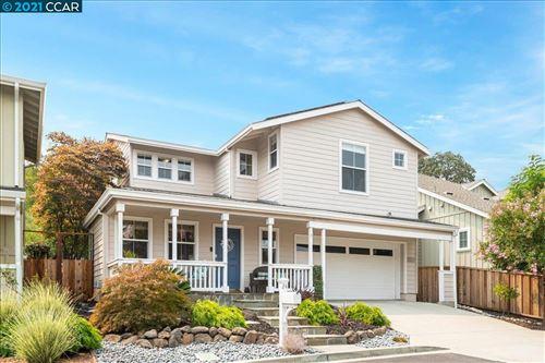 Photo of 24 Jocelyn Place, Walnut Creek, CA 94597 (MLS # 40963437)