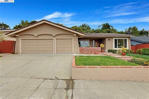 Photo of 1700 Oakwood Dr, SAN MATEO, CA 94403 (MLS # 40907439)