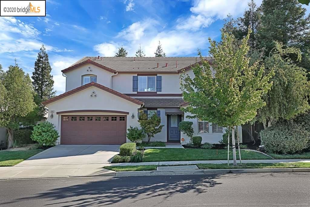 Photo of 2602 St Andrews Dr, BRENTWOOD, CA 94513 (MLS # 40926439)