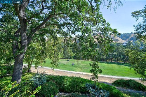Photo of 3248 Tice Creek Dr #2, WALNUT CREEK, CA 94595 (MLS # 40967440)