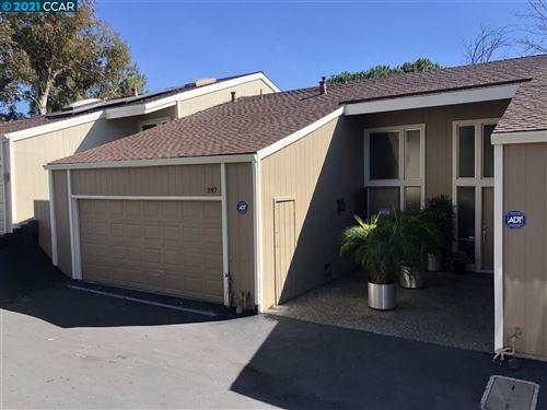 Photo of 397 Ridgeview Dr, PLEASANT HILL, CA 94523 (MLS # 40939441)