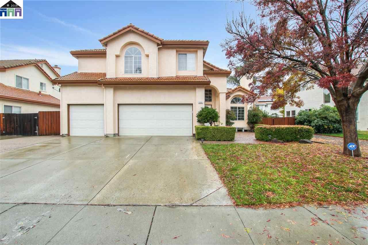 Photo for 835 Fieldstone Ct, BRENTWOOD, CA 94513 (MLS # 40890442)