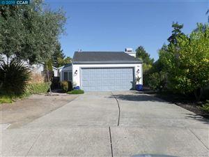 Photo of 366 scarlet oak ct, PLEASANT HILL, CA 94523-1243 (MLS # 40882443)