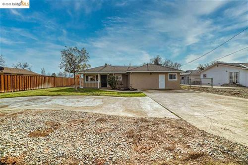 Photo of 3370 Concord Ave, BRENTWOOD, CA 94513 (MLS # 40934443)