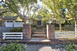 Photo of 1611 Shangri La Ct, LAFAYETTE, CA 94549 (MLS # 40888444)