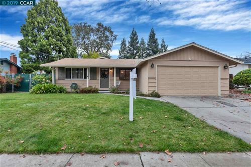 Photo of 974 Getoun Dr, CONCORD, CA 94518 (MLS # 40890444)