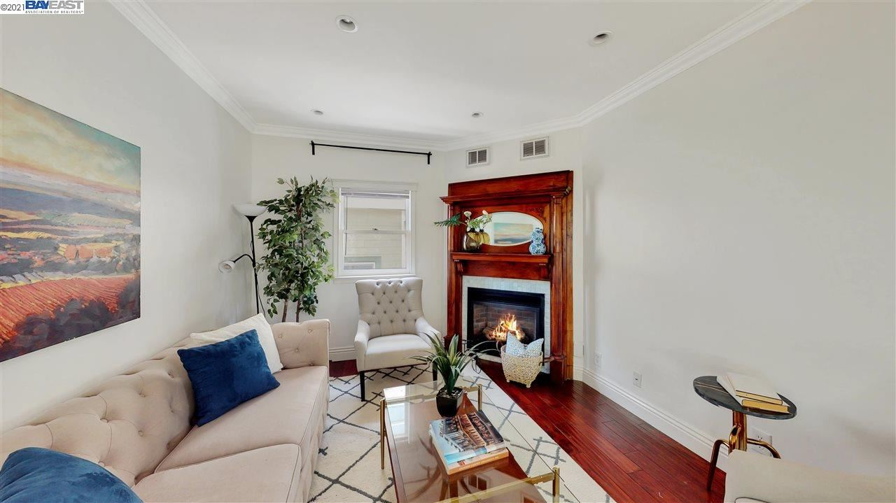 Photo of 1153 55Th St, OAKLAND, CA 94608 (MLS # 40948445)