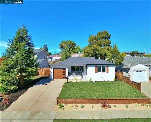 Photo of 4742 James Ave, CASTRO VALLEY, CA 94546 (MLS # 40922447)