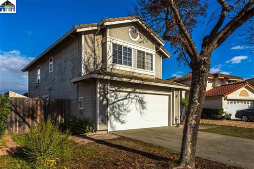 Photo of 207 E Coventry Way, VALLEJO, CA 94591 (MLS # 40890448)