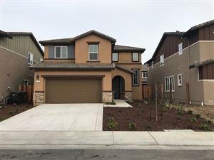 Photo of 128 Willowrun Way, OAKLEY, CA 94561 (MLS # 40806449)