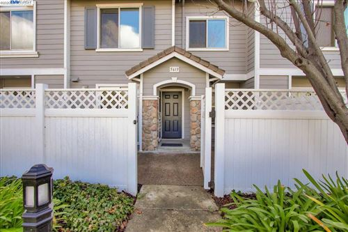 Photo of 5613 Impatiens Cmn, FREMONT, CA 94538 (MLS # 40892452)