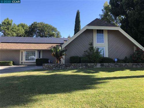 Photo of 2712 Vista Linda, FAIRFIELD, CA 94534 (MLS # 40911452)