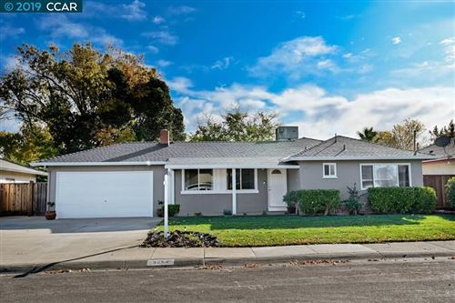 Photo of 3254 Ida Drive, CONCORD, CA 94519-2137 (MLS # 40889453)