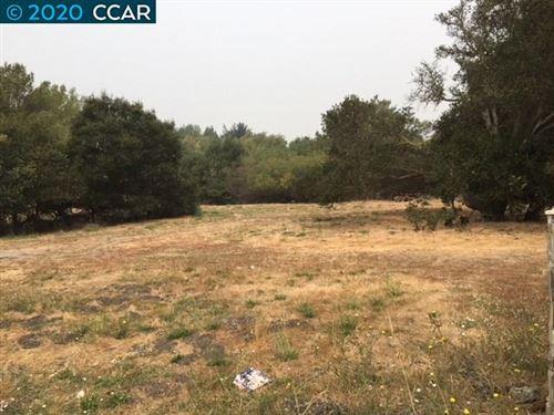 Photo of 4781 San Pablo Dam Rd, EL SOBRANTE, CA 94803 (MLS # 40920453)
