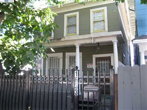 Photo of 1633 8Th St, OAKLAND, CA 94607 (MLS # 40882454)