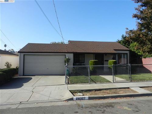 Photo of 28327 Cole Pl, HAYWARD, CA 94544 (MLS # 40889454)