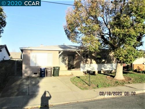 Photo of 220 Edward Ave, PITTSBURG, CA 94565 (MLS # 40896454)