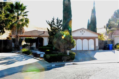 Photo of 1129 Adobe Pl, PITTSBURG, CA 94565 (MLS # 40889455)