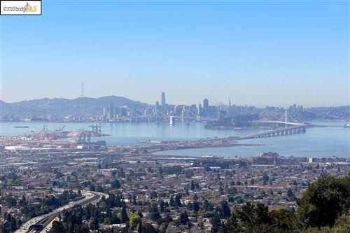 Photo of 16 Yankee Hill, OAKLAND, CA 94618 (MLS # 40910455)