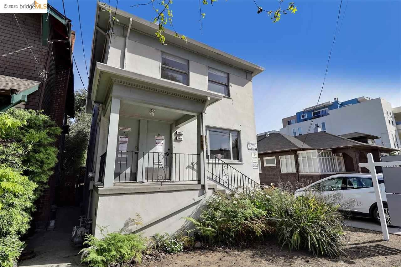 Photo of 3856 Howe St, OAKLAND, CA 94611 (MLS # 40945455)
