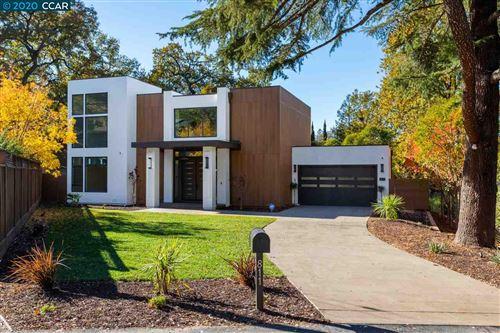 Photo of 811 Rosewood Ct, WALNUT CREEK, CA 94596-6126 (MLS # 40930456)