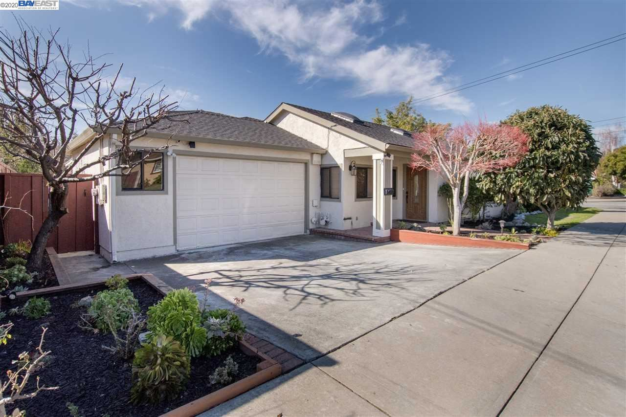 Photo for 43169 Coit Avenue, FREMONT, CA 94539-5254 (MLS # 40895456)