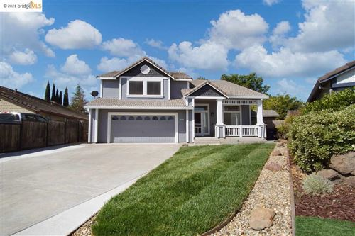 Photo of 3887 Mission Ct, OAKLEY, CA 94561 (MLS # 40948458)