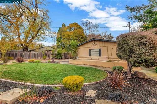 Photo of 1000 Circle Creek Dr., LAFAYETTE, CA 94549 (MLS # 40890459)